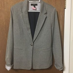 Gray blazer with one button